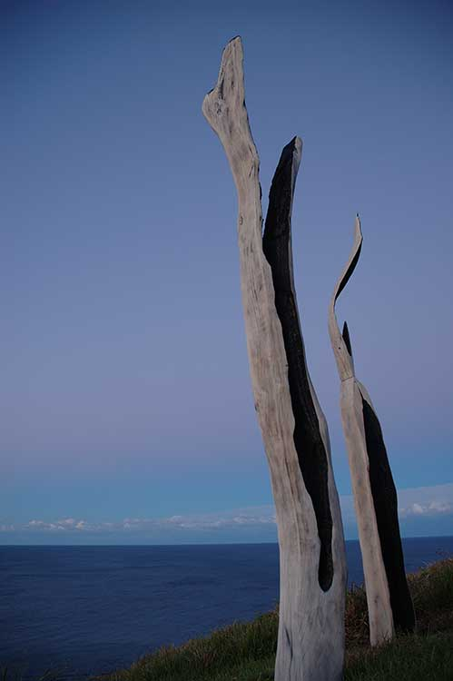 Below-the-Hevens-You-Know-by-Stephen-Newton,-artsCape-Byron-Bay-2005