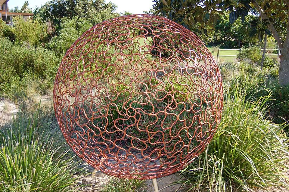 Solaris-Antiquitus-by-Tim-Wetherell,-Casuarina-Sculpture-Walk-NSW