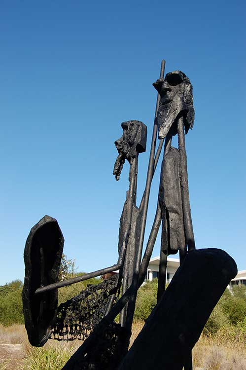 Two-Brothers-by-Garth-Lena,-Casuarina-Sculpture-Walk-NSW
